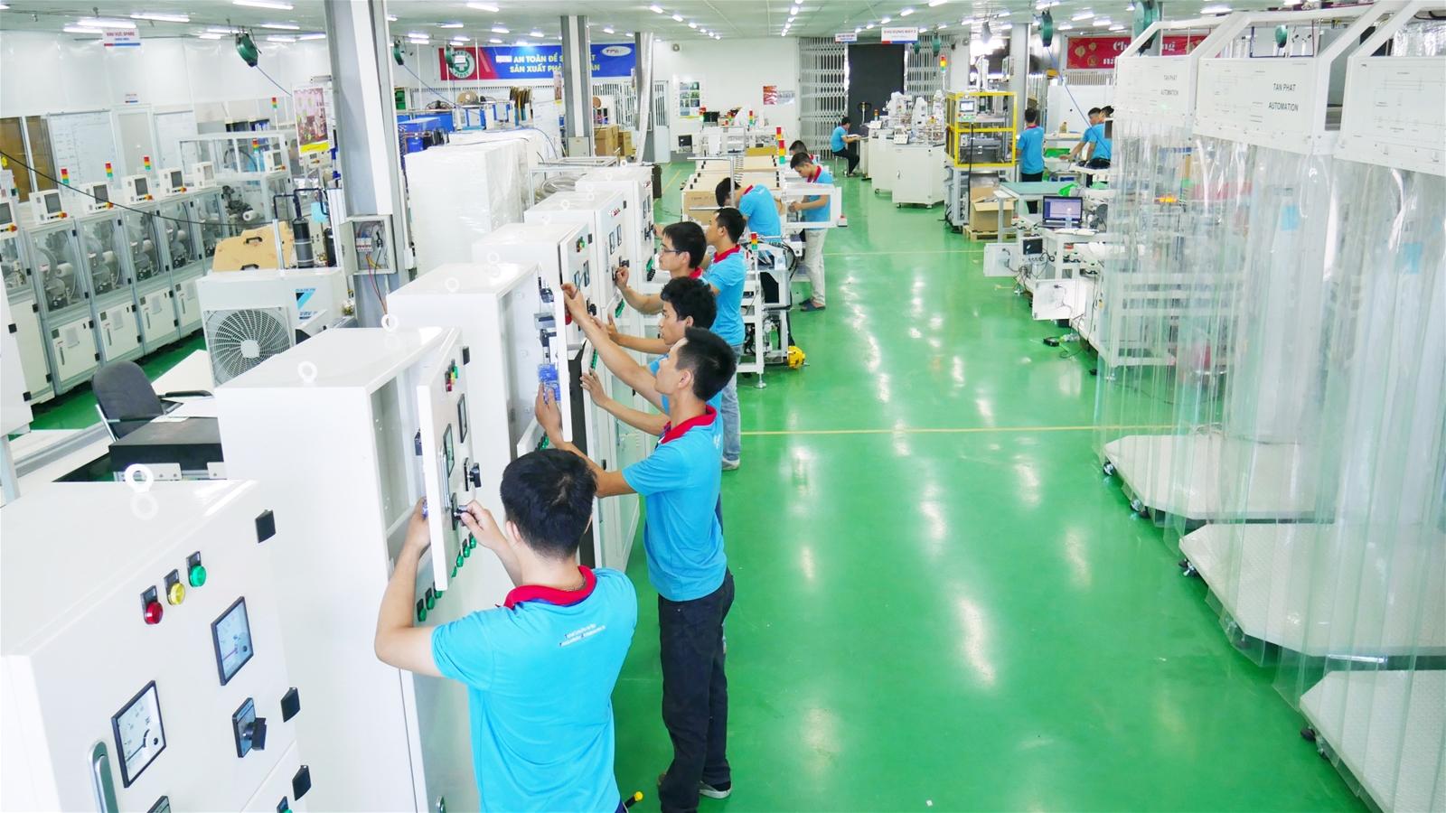 Khu vực sản xuất các thiết bị giáo dục